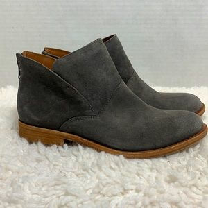 Kork-Ease Ryder gray suede ankle boots size 6.5